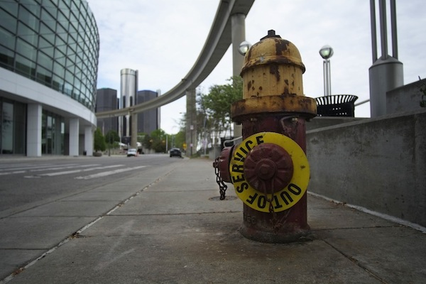 Hydrant near Renaissance Ctr_ZPS_WATER__0029