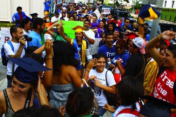 undocumented-students-600x400