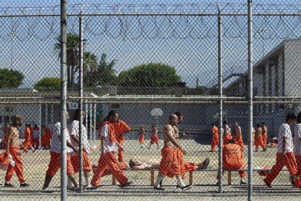 Hernandez-prison-gang-600x400