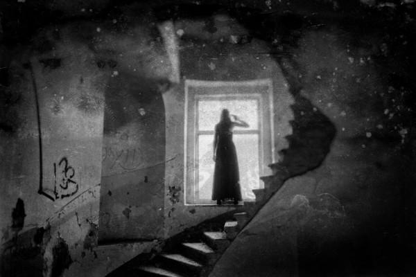 Villalon-ghost-story-mother-600x400