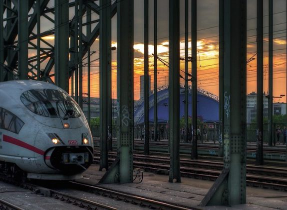 California's High Speed Rail Should Look Like Germany's