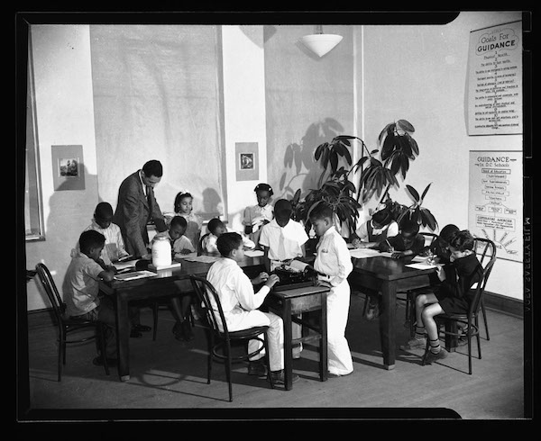 No information is provided on this classroom image, other than the year 1941.