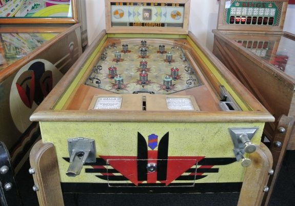 "Why the Mayor of New York Went Around the City Smashing Pinball Machines With a ""Sledgehammer of Decency"""
