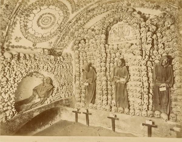 Cimitero dei Cappuccini, terza camera, Roma.