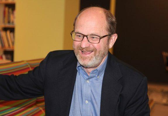 Food Editor Russ Parsons Talks Citrus Season and Breakfast Foods