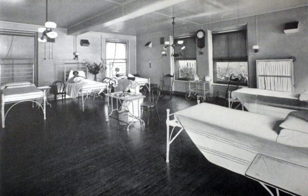 Z U00f3calo On Kcrw  U00bb Blog Archive  U00bb How Hospital Rooms Went