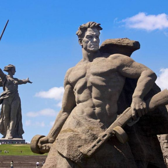 The Role of War and Sacrifice in Russia's Mythic Identity